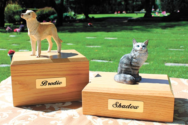 Pet urns memorialize our beloved animal friends. - FAMILY PET MEMORIAL PHOTO