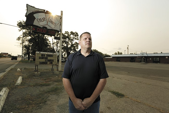 Brian Standow says he used to hang out with motorcycle club leader Scott Maclay at Daley's Cheap Shots. Eventually, he claims, he heard Maclay threaten the sheriff's life. - YOUNG KWAK