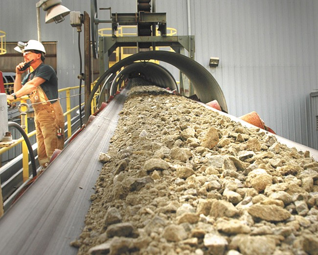 Processing at the Buchhorn mine site. - KINROSS GOLD CORP. PHOTO