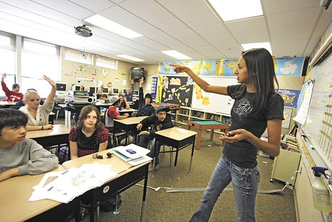 Jessie Isadore teaches Salish to a sixth-grade class in Cusick, Washington. - YOUNG KWAK