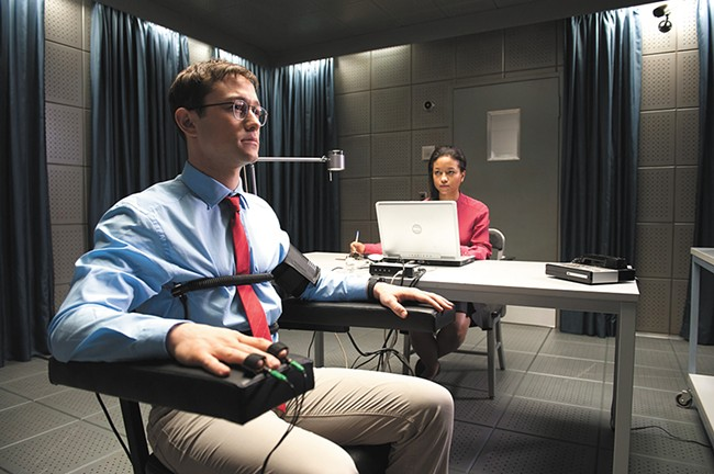 Joseph Gordon-Levitt plays the title role in Snowden.
