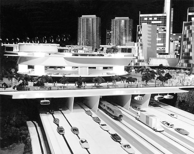 Futurama, a 1939 version of the driveless-car future.