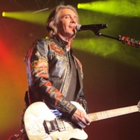 CONCERT REVIEW: Rick Springfield reminds us he's a rock star