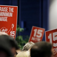 Director of UW minimum-wage hike study says results show 'a tale of two restaurant industries'