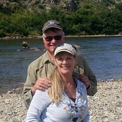 Larry and Lori Isenberg in a photo posted to Larry's Facebook in 2015