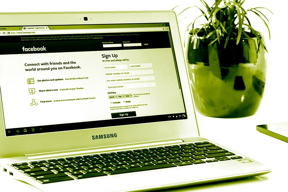 Social media meets the era of legalization.