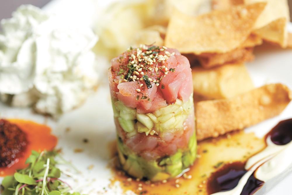 Ahi poké tuna - YOUNG KWAK