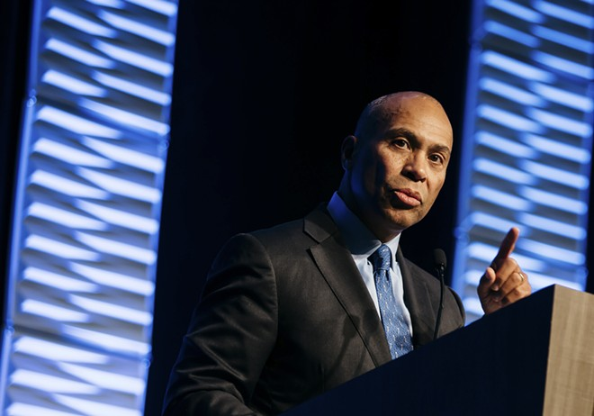 Deval Patrick, the former Massachusetts governor, speaks at an event in Cleveland, Nov. 19, 2018. Patrick called several leading Democrats and allies to say that he would announce a 2020 presidential bid later this week. - ALLISON FARRAND/THE NEW YORK TIMES