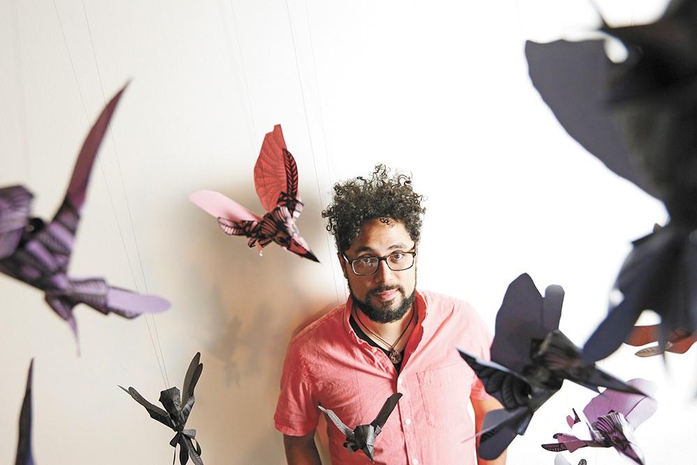 Artist Reinaldo Gil Zambrano. - YOUNG KWAK PHOTO