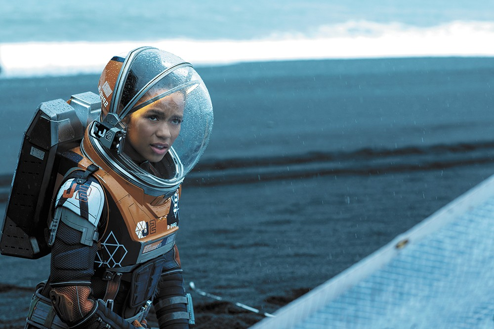 Lost in Space on Netflix might be just the thing to soothe your soul right now.