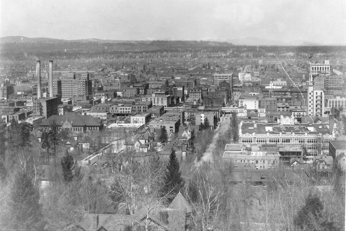 A view of downtown Spokane in 1915.