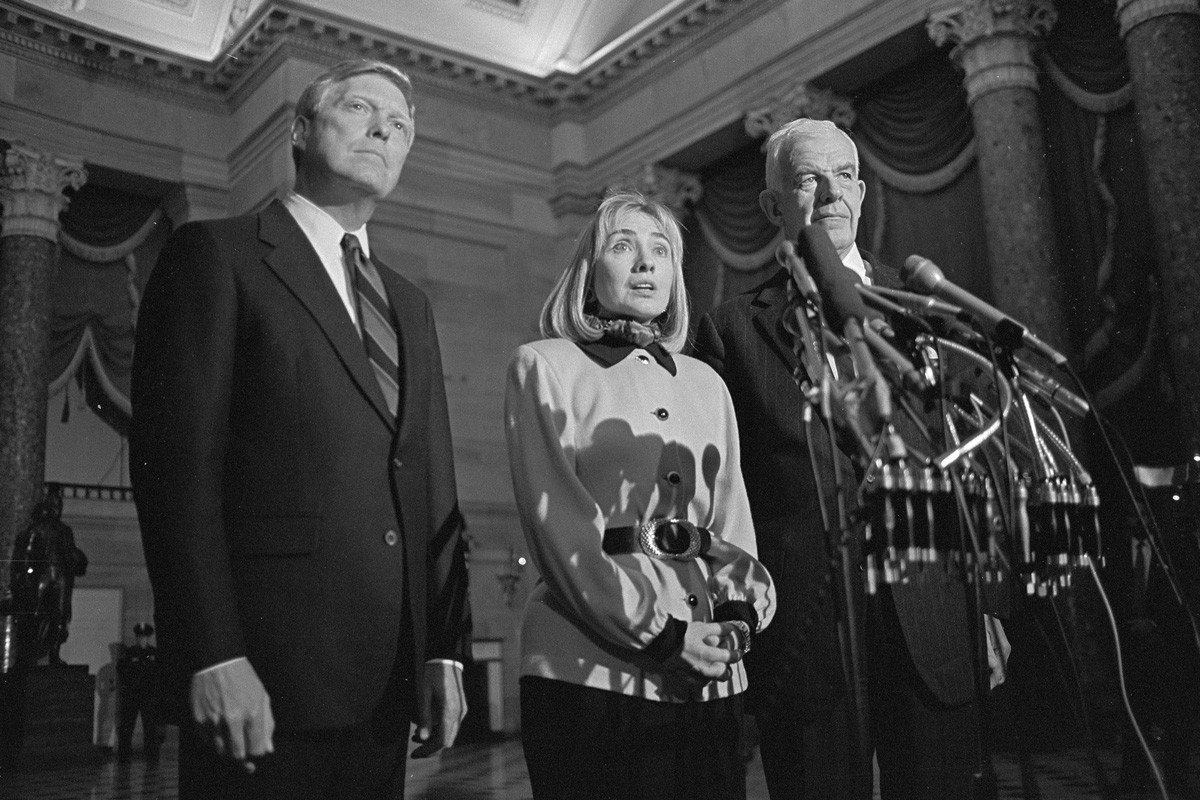 Speaker of the House Tom Foley (right), First Lady Hillary Clinton and 