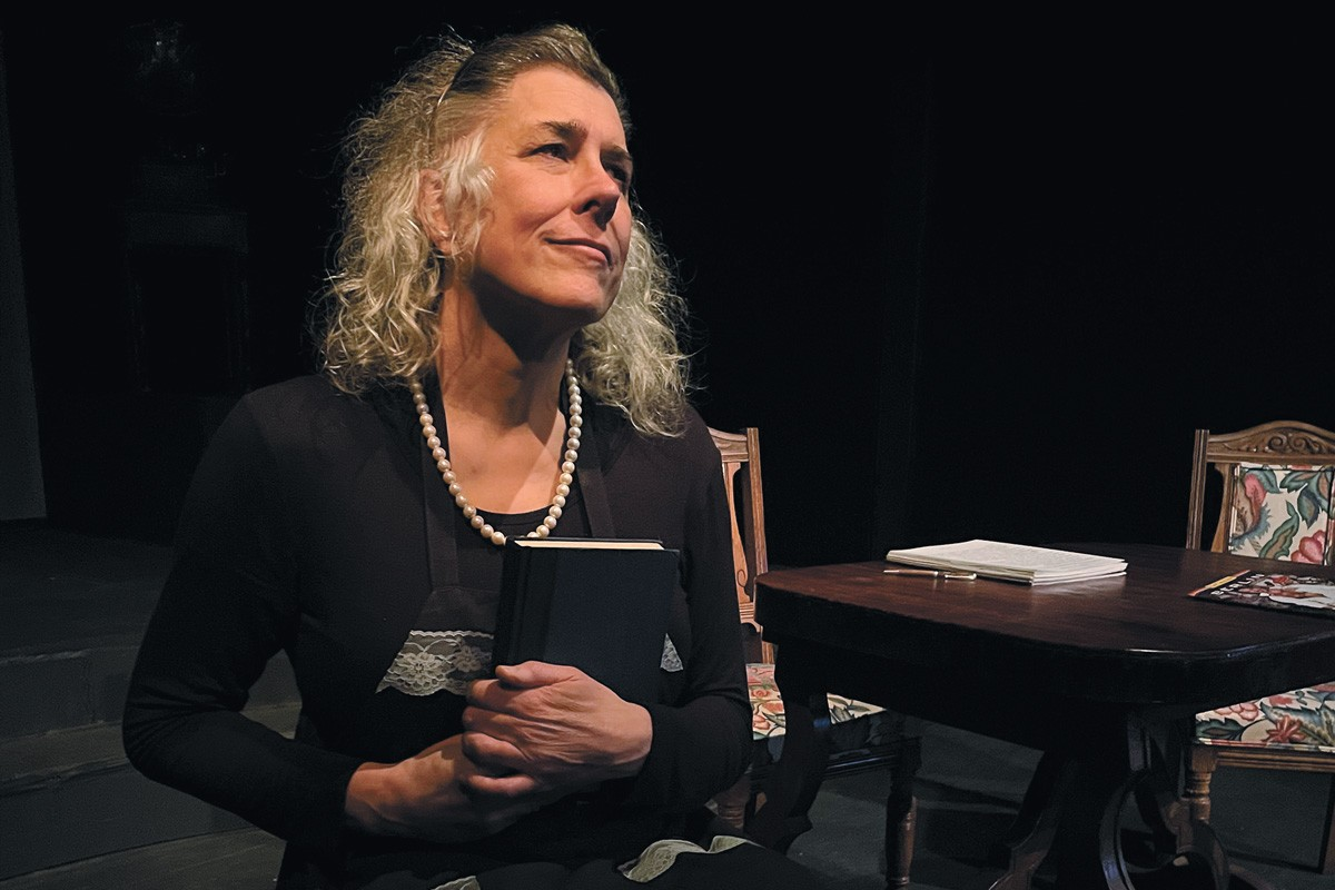 Maeve Griffith takes on 30 roles in Stage Left's new production. - STAGE LEFT THEATER PHOTO
