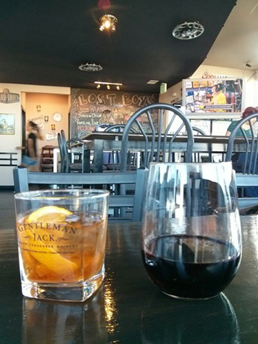 With $3 wells and $3-off wine for Ladies' Night, an Old Fashioned and the house red were a sure bargain. - CHEY SCOTT