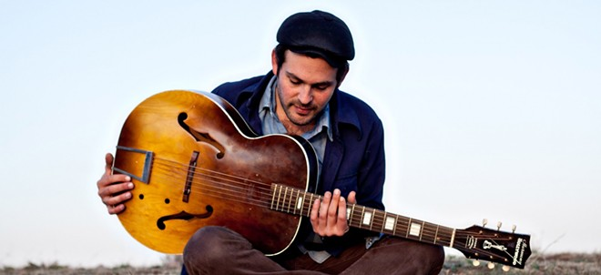 gregory_alan_isakov2-1600x733.jpg