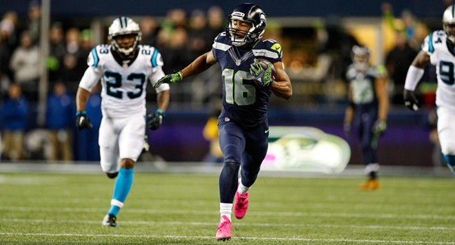 Tyler Lockett took one to the house on an end-around Sunday night. - SEAHAWKS.COM