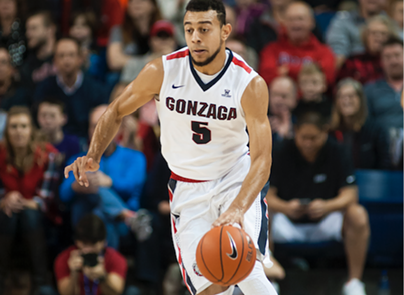 Nigel Williams-Goss had a game high 19 points in a beat-down of Saint Mary's.