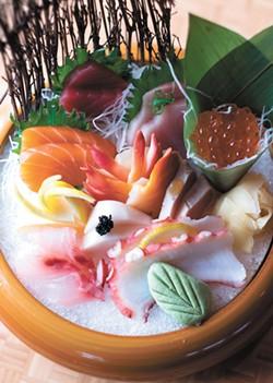 The Sashimi Deluxe. - HECTOR AIZON