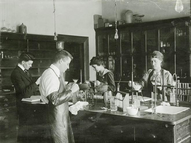 Women work side by side with men in early WSC chemistry lab. - WSU NEWS
