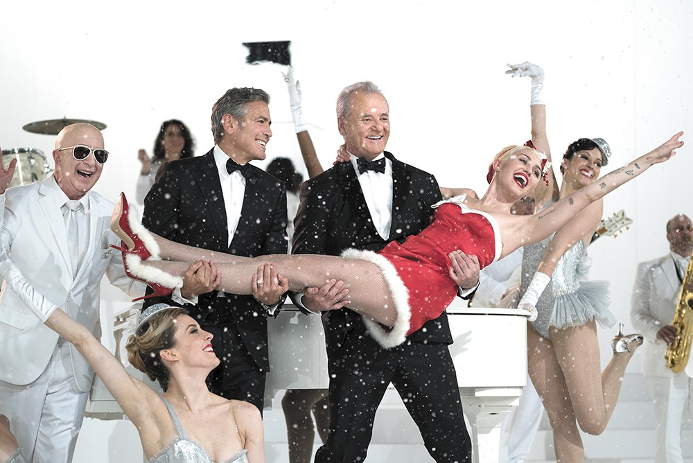 A Very Murray Christmas on Netflix offers an ideal holiday blend of entertainment.
