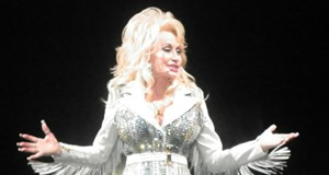 CONCERT REVIEW: Dolly Parton gets quite goofy, tacky, conversational and amazing