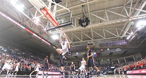 Still undefeated, Zags nab 5th consecutive title as WCC season champs
