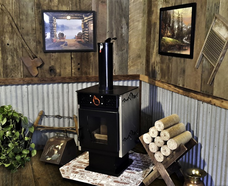 509 FABRICATION'S STOVE BURNS PRESSED LOGS MADE OF SAWDUST