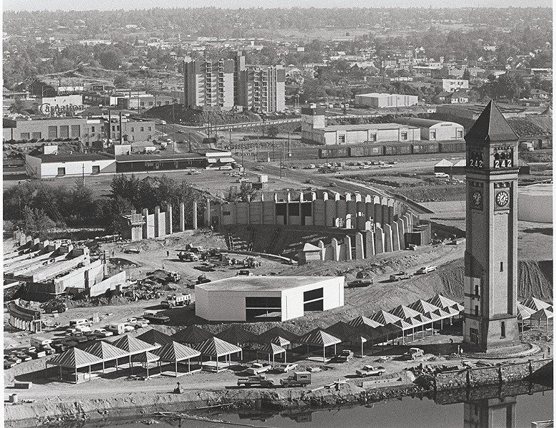 You can see photos of Expo '74 , among many other historical images, on a new interactive site.