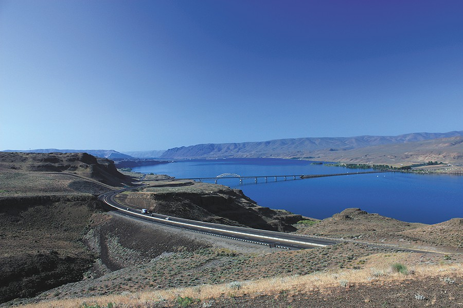 Interstate 90 crossing the Columbia River at Vantage Bridge.