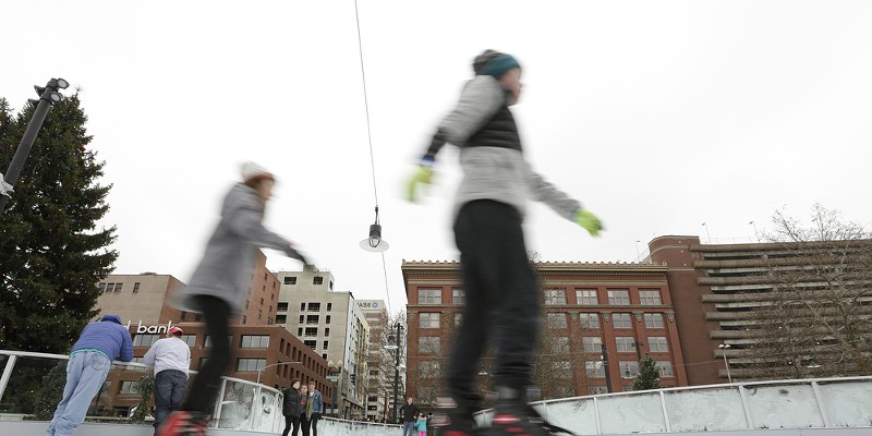Saturday at the Riverfront Park Ice Ribbon on the Opening Weekend People skate. Young Kwak