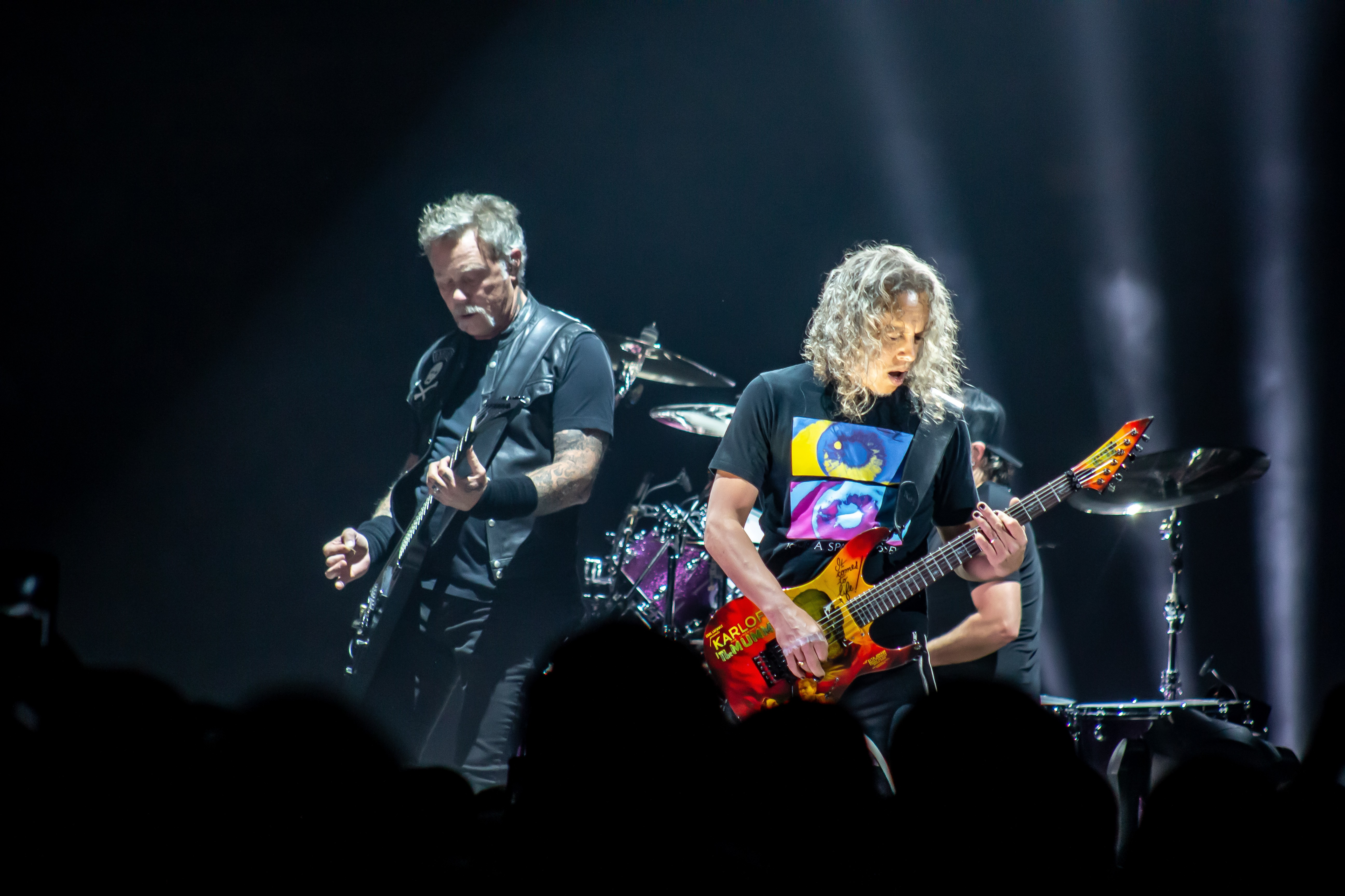 PHOTOS: Give me fuel, Give me fire! Metallica smashes the