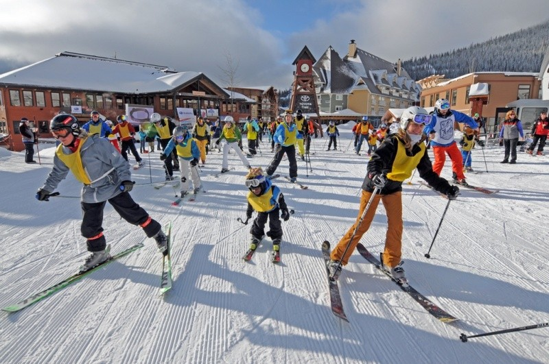 Grab some friends for a day on the slopes for this year's Community Sky Day. - SCHWEITZER MOUNTAIN RESORT