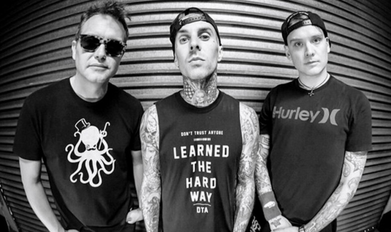 (left to right) Mark Hoppus, Travis Barker and Matt Skiba of Blink-182
