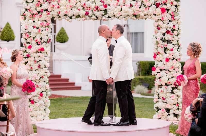 State Supreme Court decides that in Washington florists can't decide to not serve gay couples.