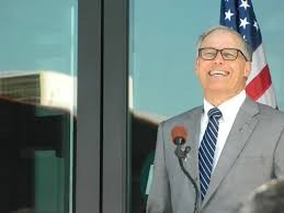 If you were Jay Inslee, you'd be smiling too.