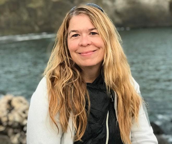 Jessica Rivers, an End of Life Washington volunteer