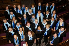 86d5c333_le_donne_group_photo_2015_img_2196small.jpg