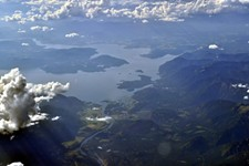 30d89c78_aerial_-_lake_pend_oreille_idaho_05_author_-joel_mabel-1024x680.jpg