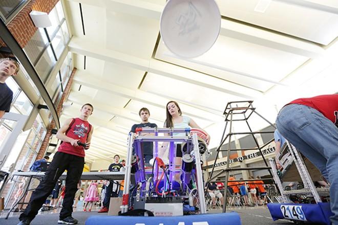 PHOTOS: Robotics Expo