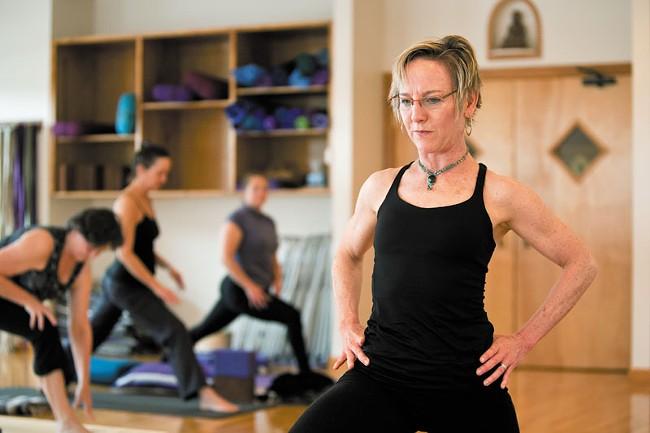 yoga-stephen-schlange.jpg