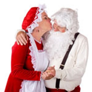 santa-mrsclaus-kissing.jpg