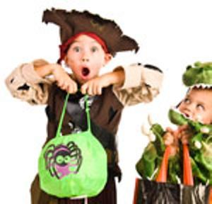 kid-pirate-trick-treating.jpg