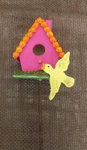 birdhouse_on_a_stick_big-1.jpg