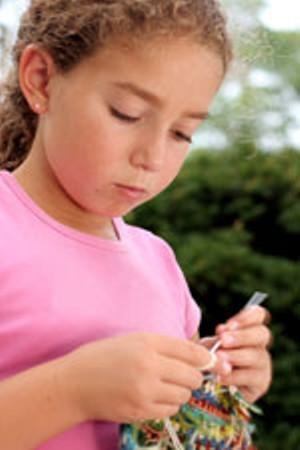 girl-knitting.jpg
