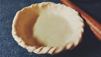 A crimped pie crust - ERINN SIMON