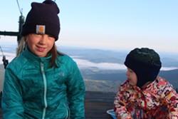 Rheia and Elise on a backpacking trip - TRISTAN VON DUNTZ