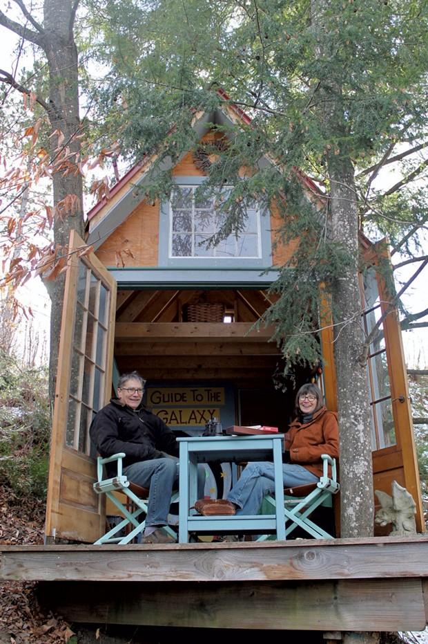 Rob Alcusky and Sally Anstey - MOLLY STANCIU