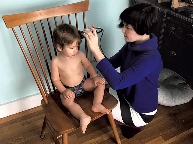 Jillian cut's Mo's hair - COURTESY OF JILLIAN KIRBY