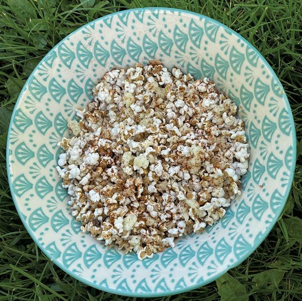 Popped whole grains - TRISH VAN VLIET