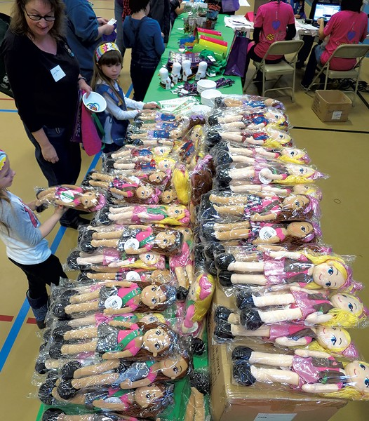 Girl Scouts merchandise - MATTHEW THORSEN